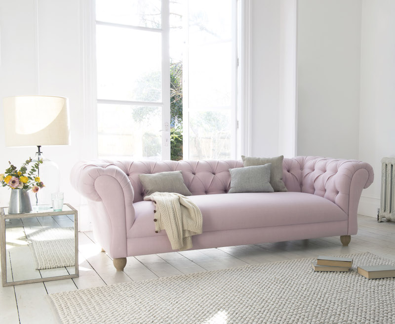 The Ultimate Sofa Buying Guide | Erika Interiors | A checklist that guides you through all the important aspects of buying a new sofa for your home. All you need to think of, in one downloadable checklist.
